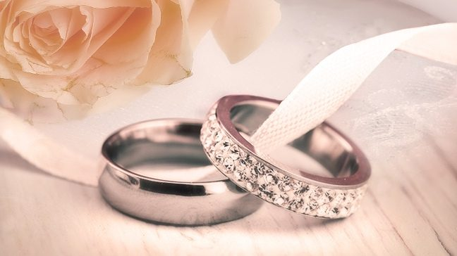 https://m.andalusiastarnews.com/wp-content/uploads/sites/13/2019/08/63_save-engagement-rings-wedding-band-648x364-c-default.jpg